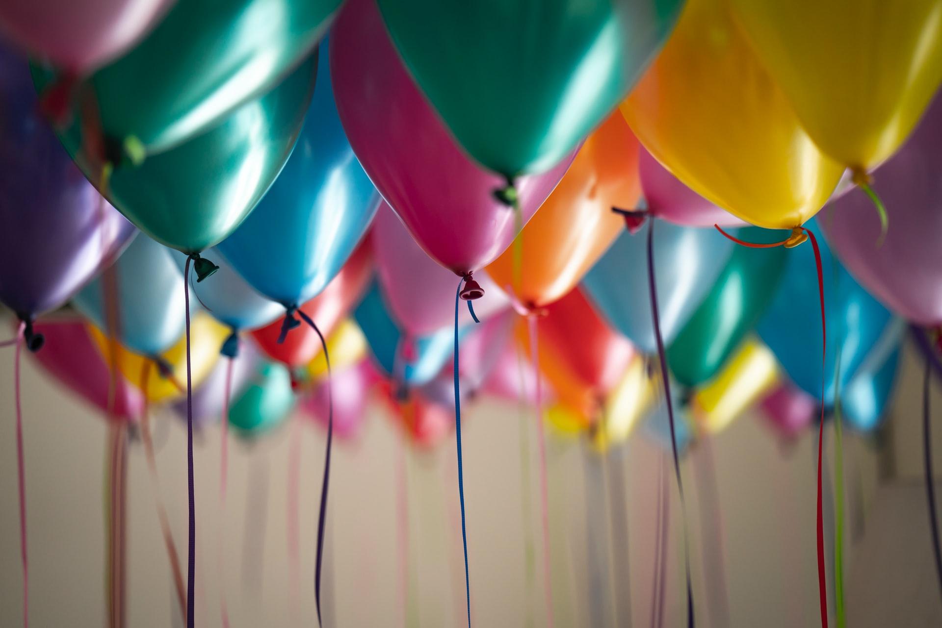 Sådan kan du holde en børnevenlig fest med vennerne